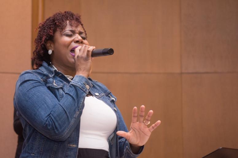 jamie-singing